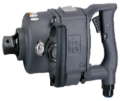 1712B2_Impact Wrench_primary-3